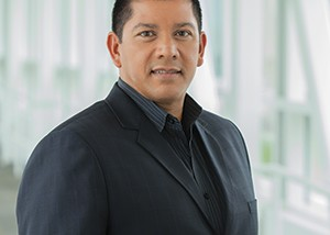 Louis Hernandez Jr, CEO de Avid